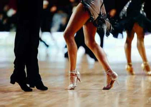競技ダンサーがトレーニングするべきビッグスリー!