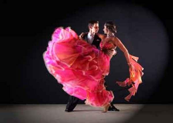 ダンスは体に負担が大きい?メンテナンスが重要!